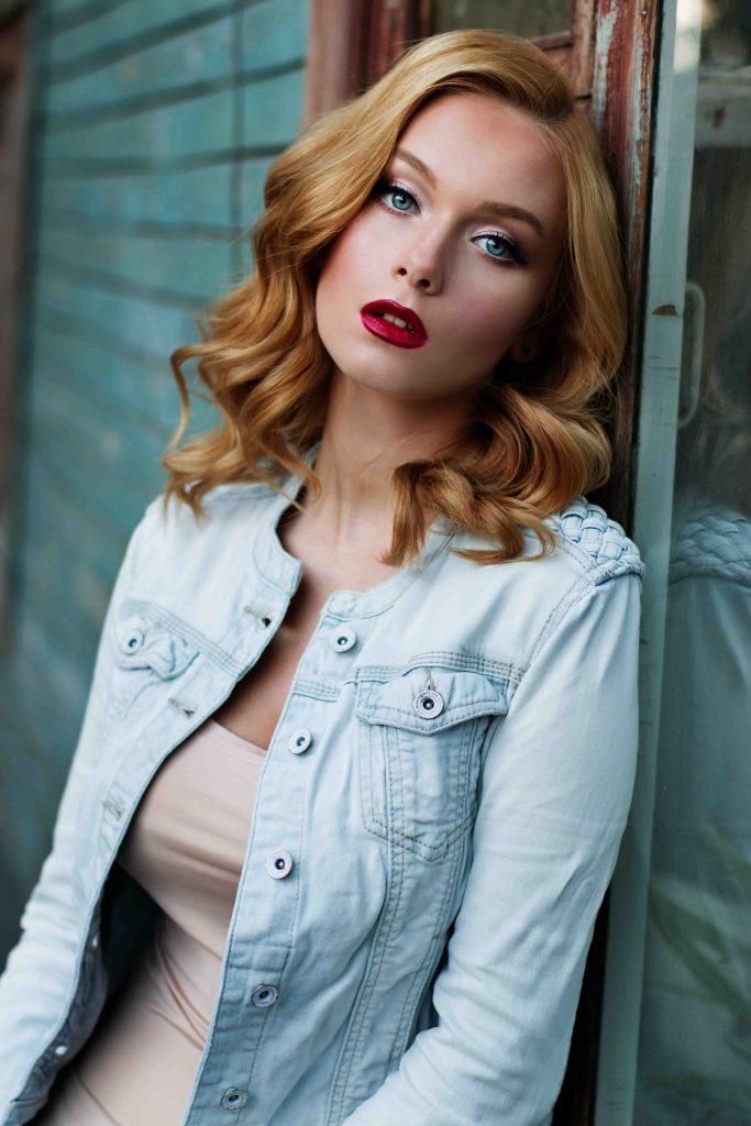 Kingston escorts - hot model